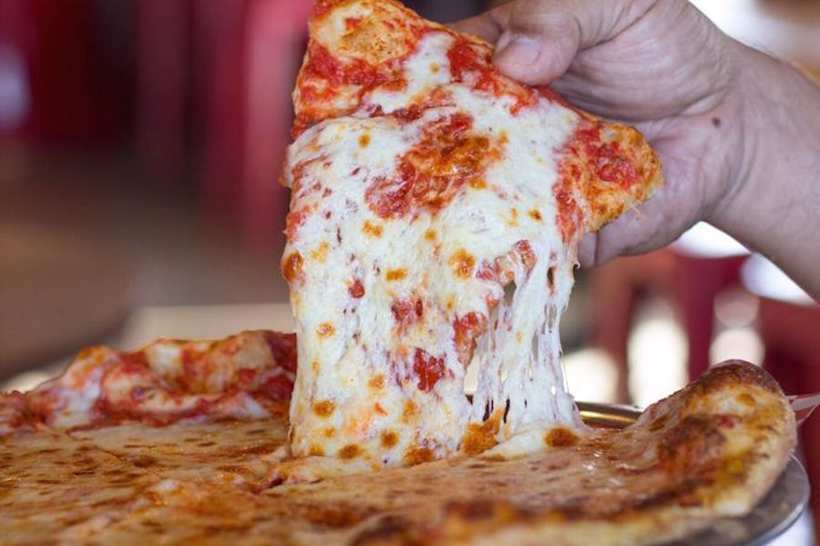Italian Eats Here Are Newport Beach S Top 5 Options For Pizza