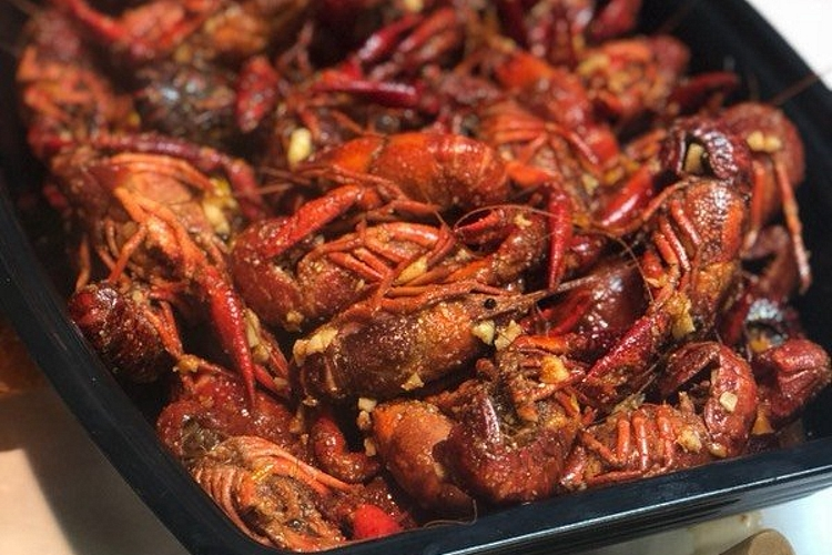 rockincrawfish Trend Alert: Whats Heating Up Sacramentos Food Scene This Month