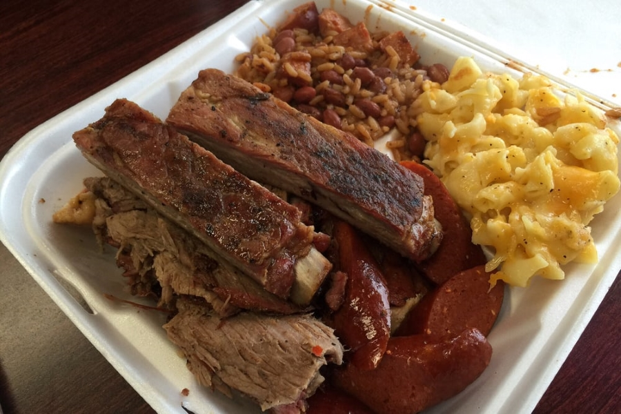momos Beef, Pork And More At The Best 5 Barbecue Spots In Sacramento