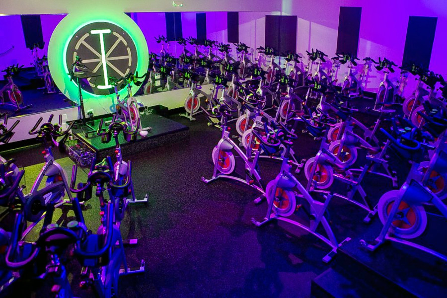 0fb4e58ef0 Boston's Best Spin And Cycling Studios – CBS Boston
