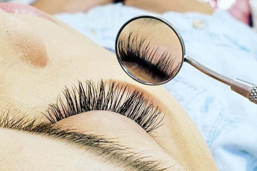 New Eyelash Service Spot Lalas Lashes Now Open Near Csus Hoodline