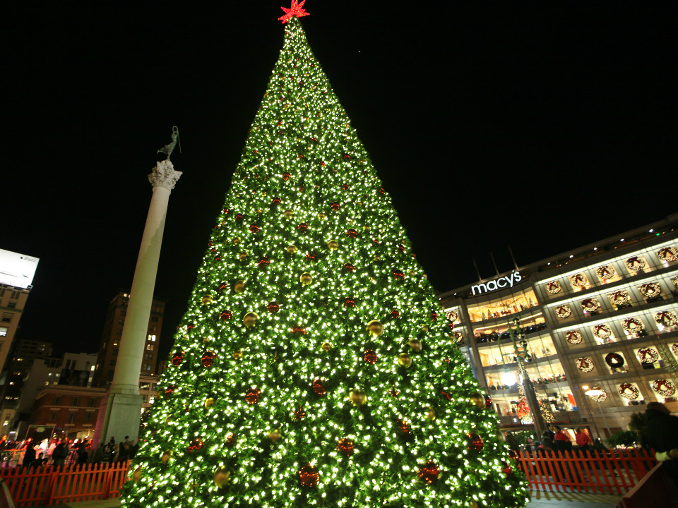 Christmas Decorations In Union Square : Tis the season a tour of downtown s dazzling holiday