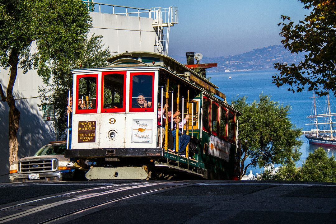 how cable cars became an exclusively san francisco treat hoodline. Black Bedroom Furniture Sets. Home Design Ideas