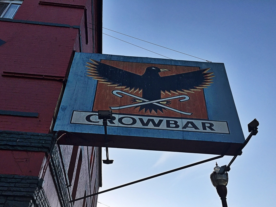 Crowbar sign