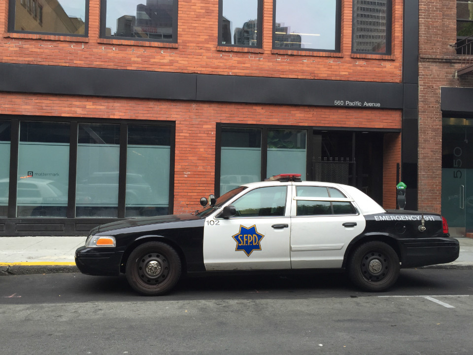 Suspect Sets Back Seat Of Police Car On Fire At 5th Market Sfpd Pacific