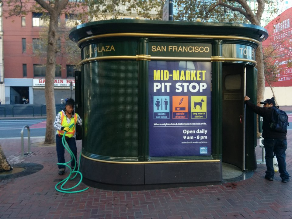 Thousands Sign Petition Demanding 10 New Public Restrooms In Downtown SF Britbathroom A Restroom On Market Street Outside