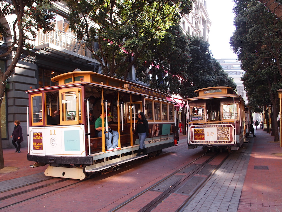 Two powell and market cable cars by deming131 flickr