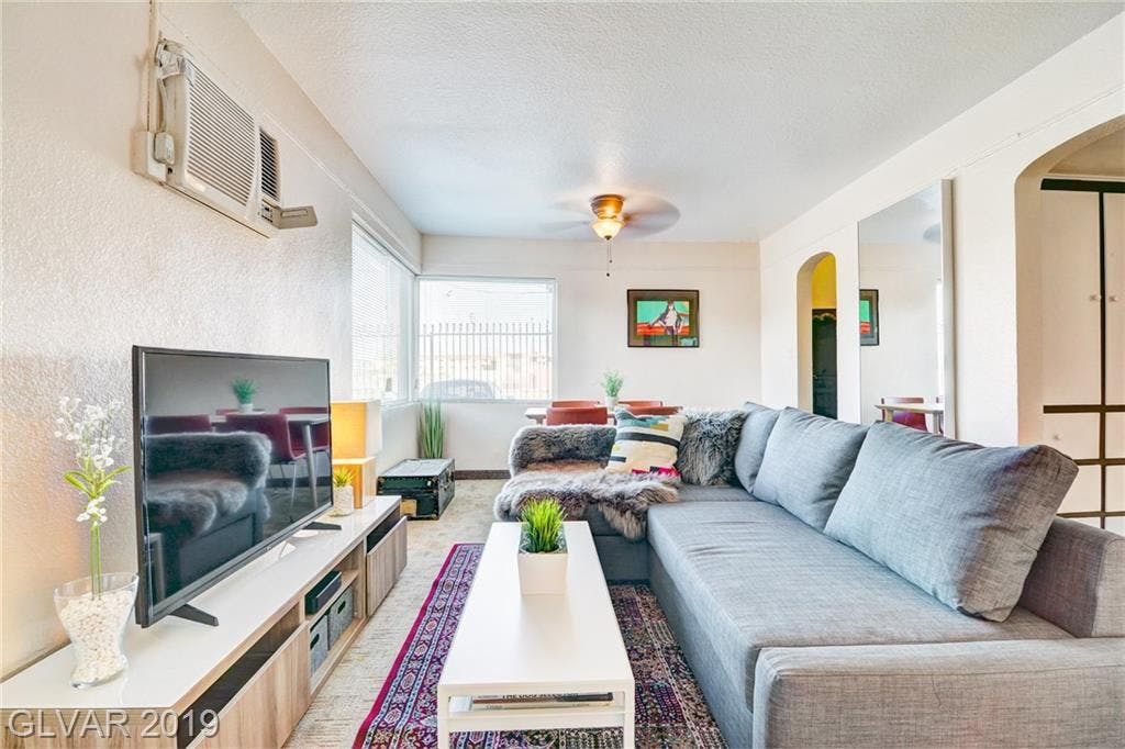The most inexpensive apartment rentals for rent in Downtown, Las Vegas