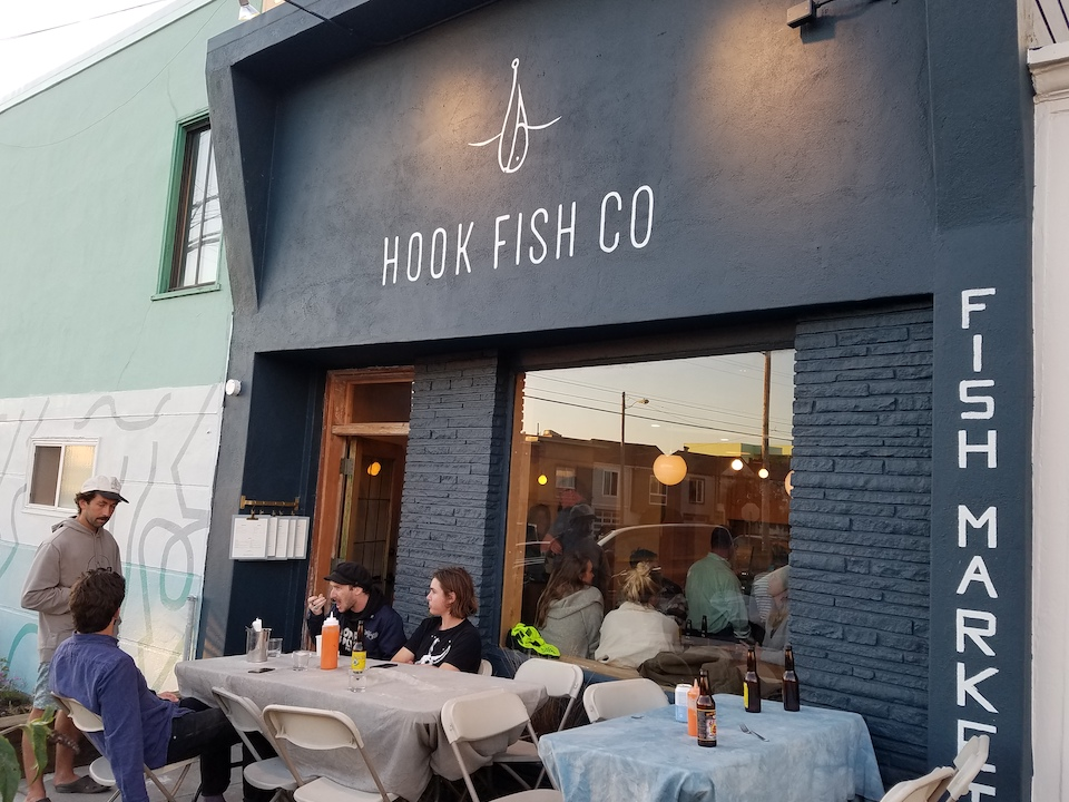39 hook fish co 39 brings sustainable seafood to the outer for Fish co