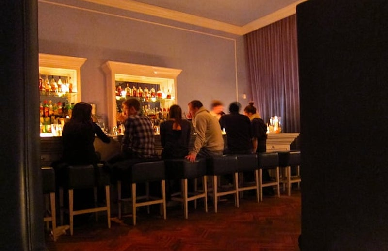 The Best Cocktail Bars In Chicago, By Neighborhood
