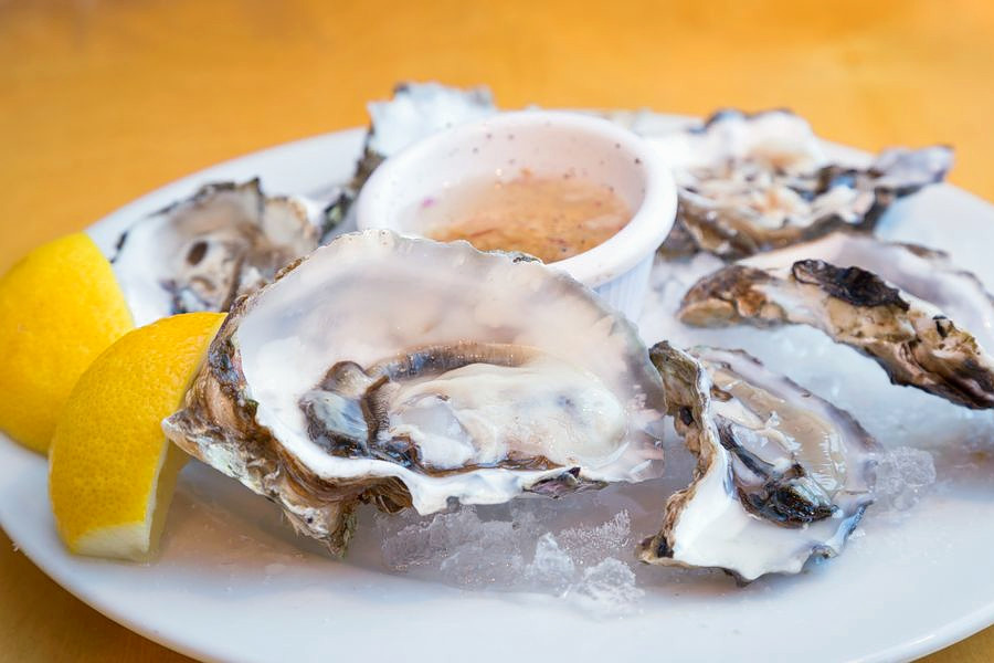 The 3 best spots to score seafood in Oakland