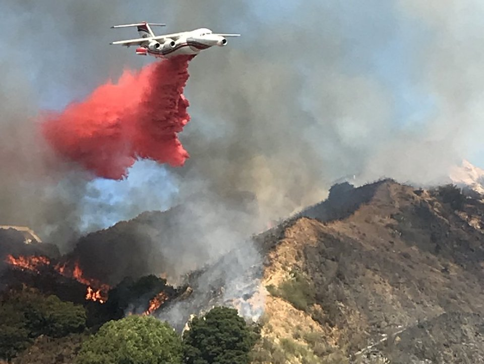 Brush Fire In Oakland Hills Prompts Evacuation