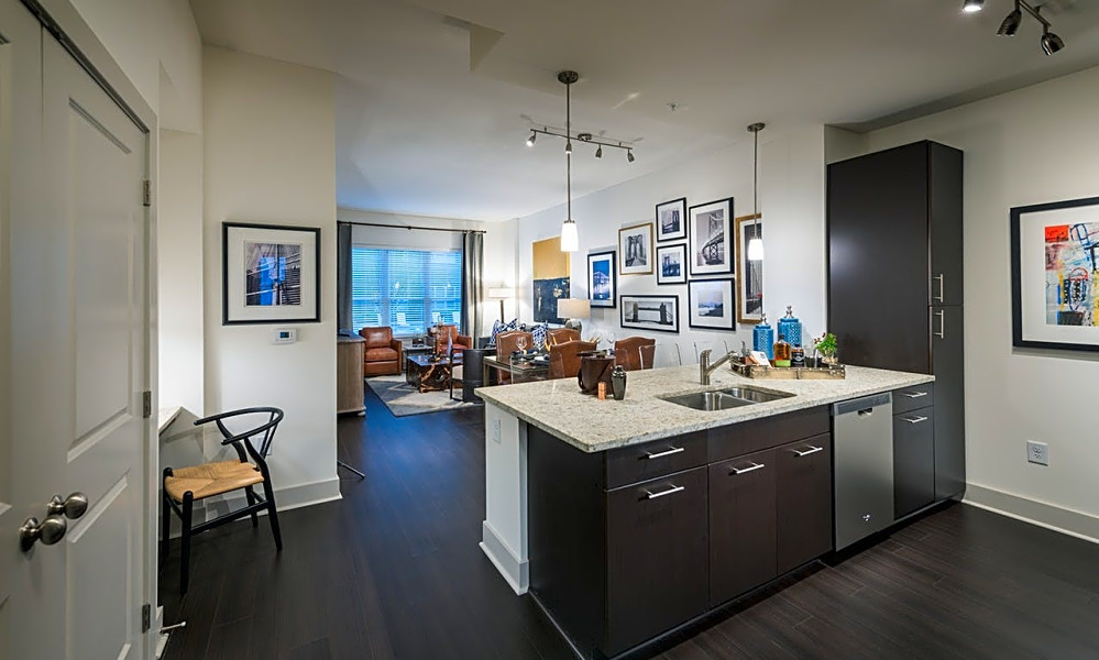 Renting in Oakland: What will $2,800 get you?