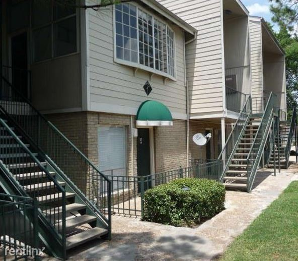 Apartment Listings Houston: Here Are Today's Cheapest Rentals In Mid West, Houston