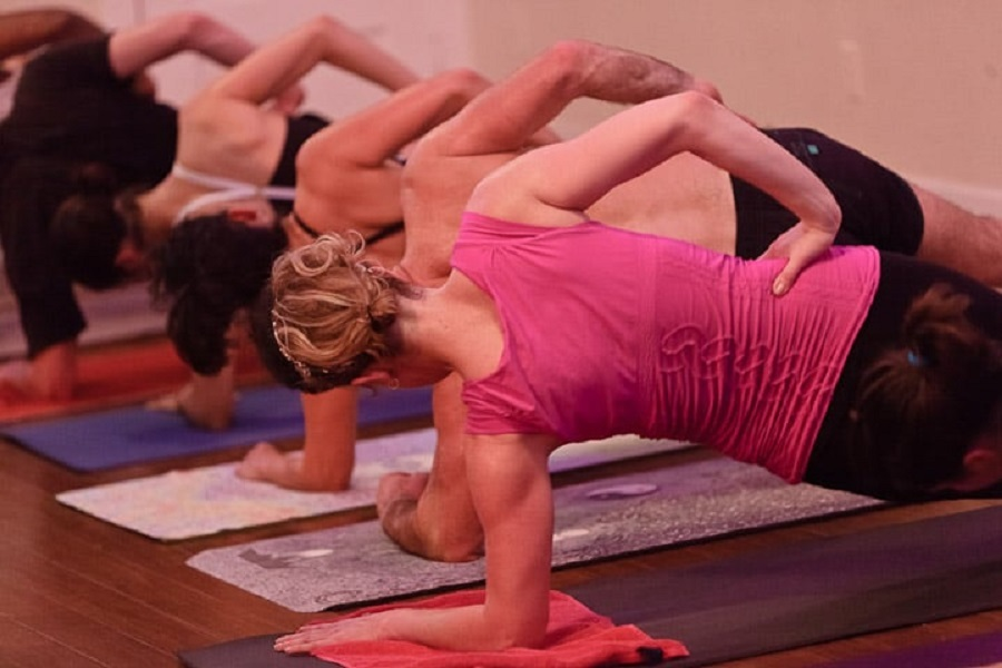 Here's where to find the top yoga studios in Oakland