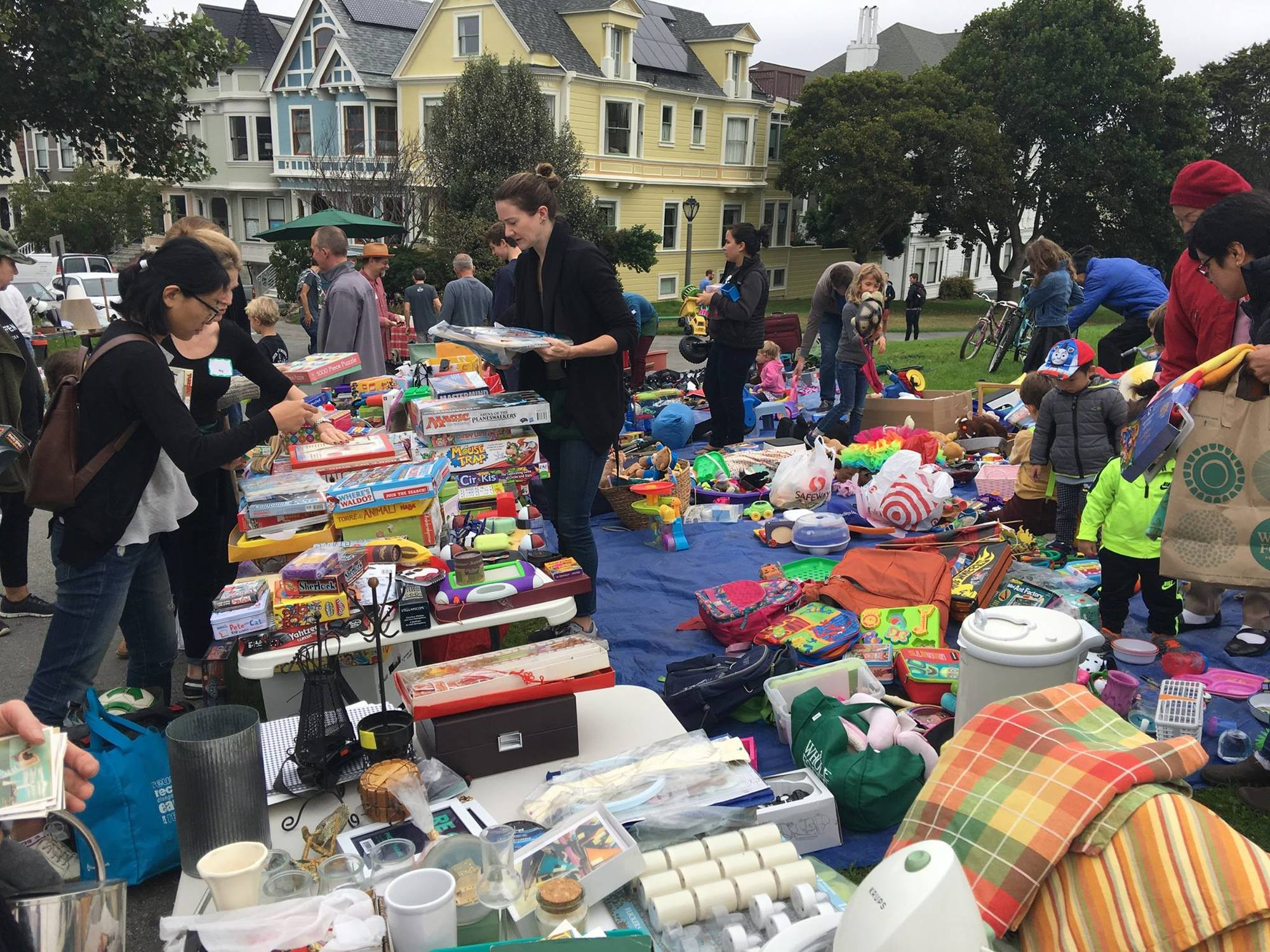 SF weekend: Duboce Park tag sale, Bernal Heights 'film crawl,' avocado-themed food fest, more