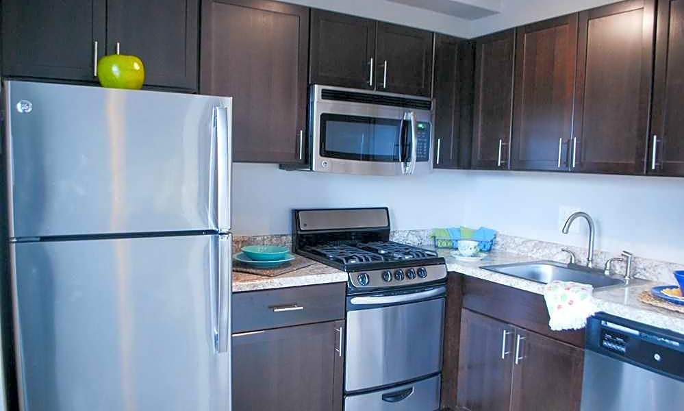 What apartments will $1,200 rent you in Mount Vernon today?