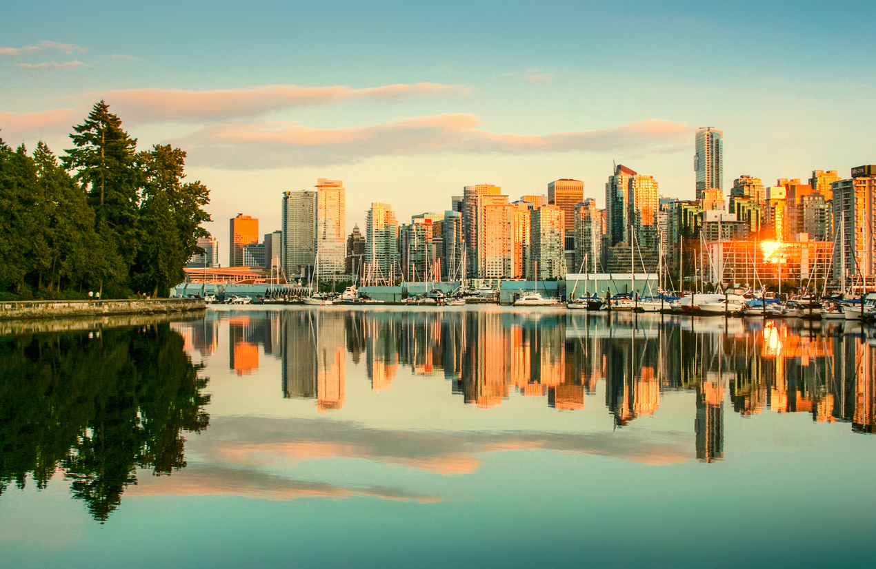 Cheap flights from Milwaukee to Vancouver, and what to do once you're there