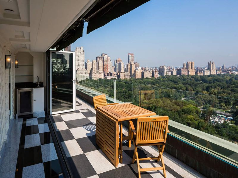 What Do Luxury Apartments in New York City Look Like? 19