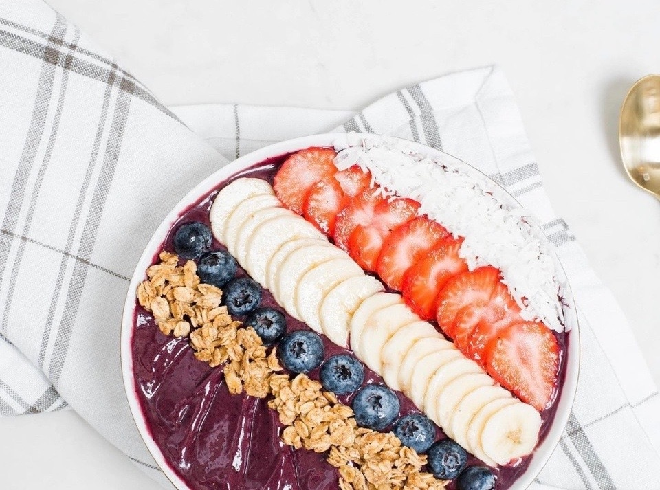 SF Eats: New açai and fried chicken spots in the FiDi; Nice Catch Poke shutters after just 3 months