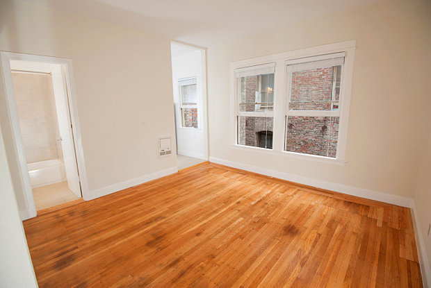 At 434 Leavenworth St., This Studio Is Asking $1,995/month. Recently  Renovated, It Features Hardwood Floors, Stainless Steel Appliances And In Unit  Laundry.