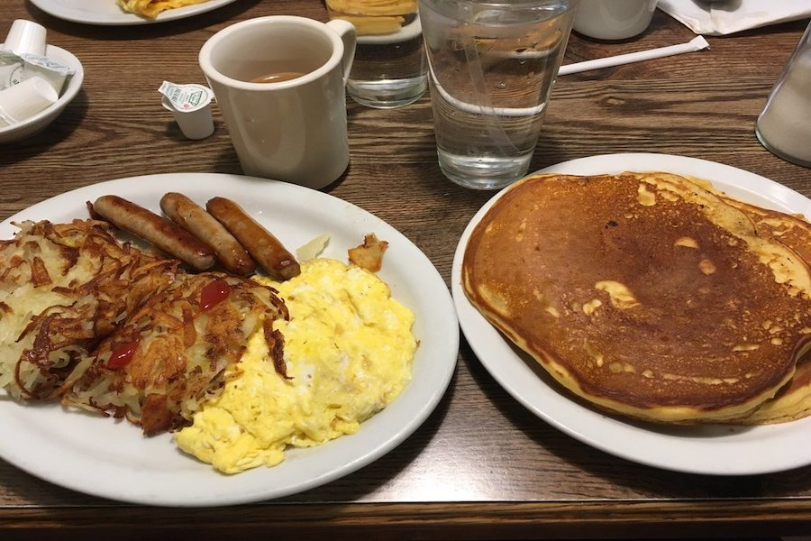 Milwaukee's 5 best spots to score low-priced breakfast and brunch food