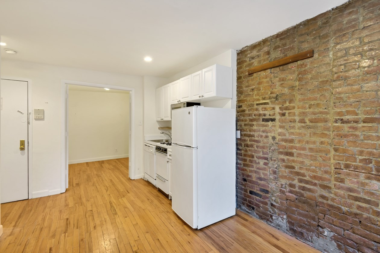 check out today s cheapest rentals in the west village new york