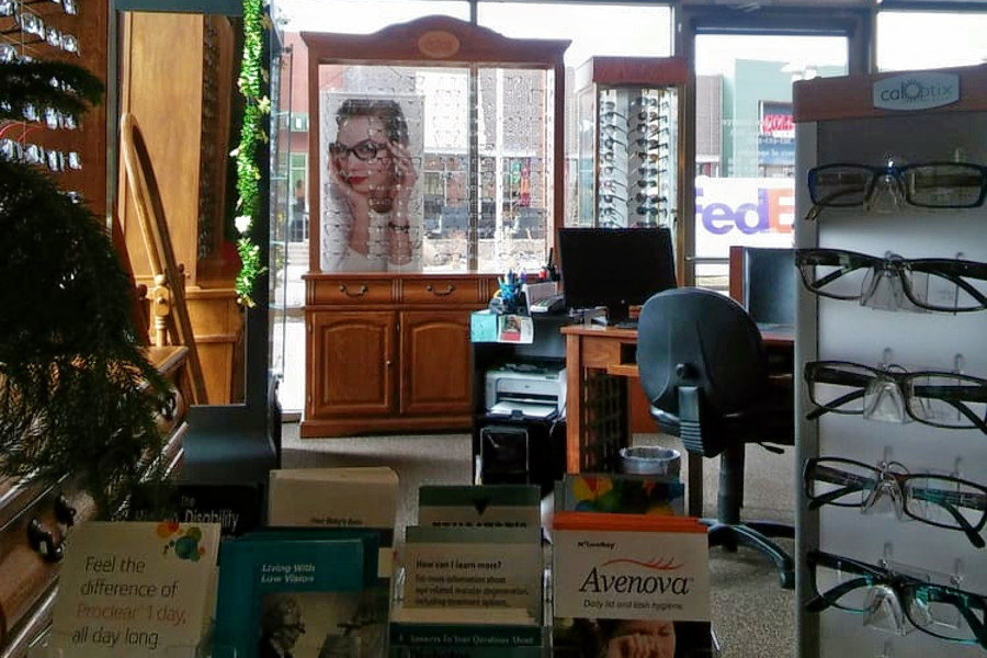 Introducing the 4 best eyewear and vision care centers in Aurora