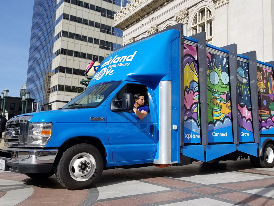 Oakland mobile library