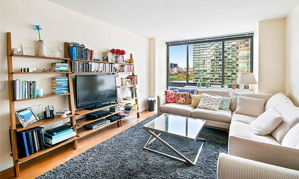 Apartments for rent in New York City: What will $2,700 get ...
