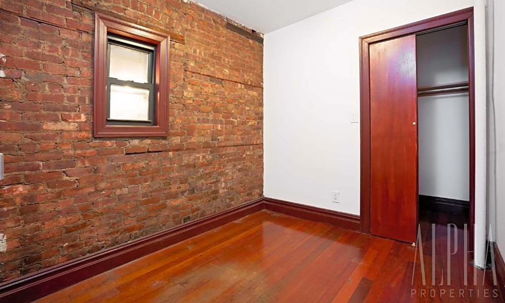 Budget apartments for rent in the East Village, New York ...